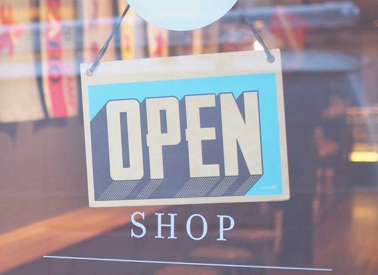 MMerch by Amazon shop open